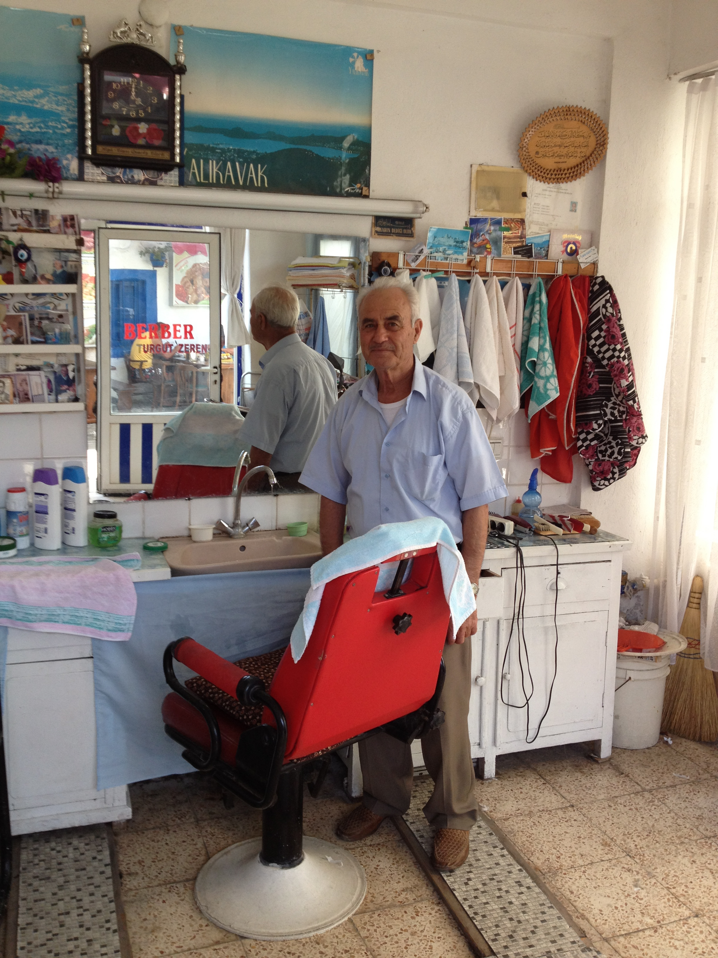 Barber Cut Throat Shave Yalikavak Turkey Bodrum